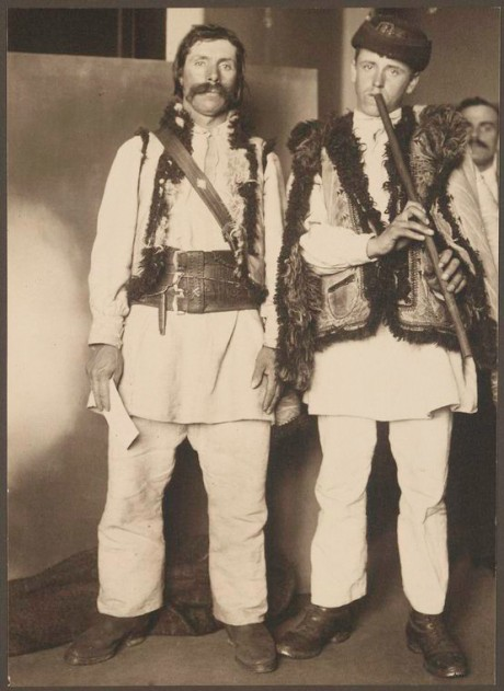 Pipers - (c)NYPL - Image ID: 1206550